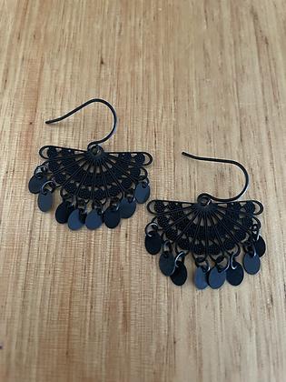 Copy of Span earrings - black