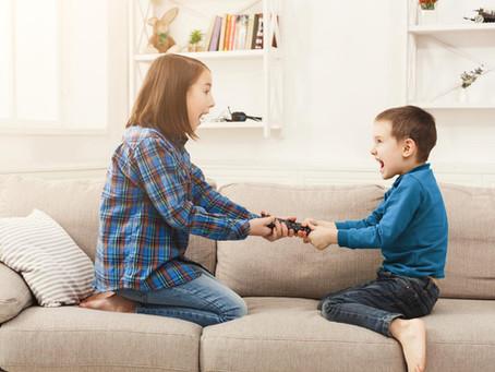 Rivalité entre frères et sœurs : Quand la violence entre dans votre maison ...