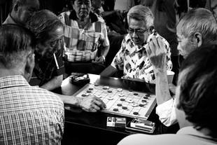 Gambling Uncles