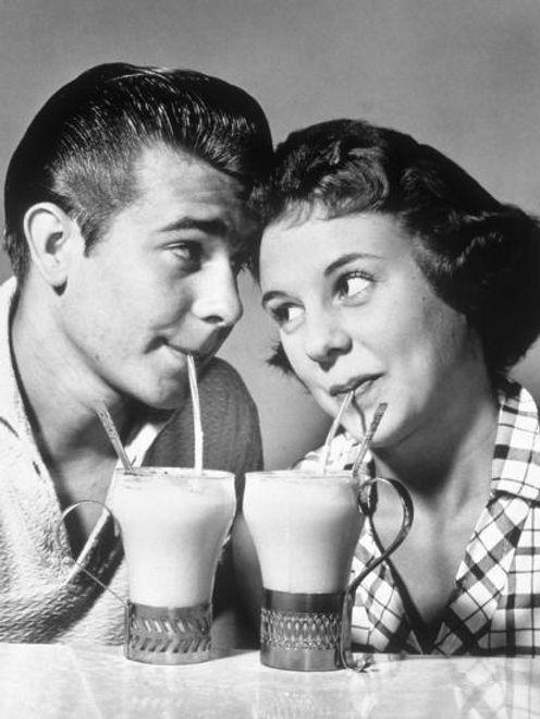 couple paille vintage retro noir et blan