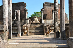 Polonnaruwa_Mönch_4