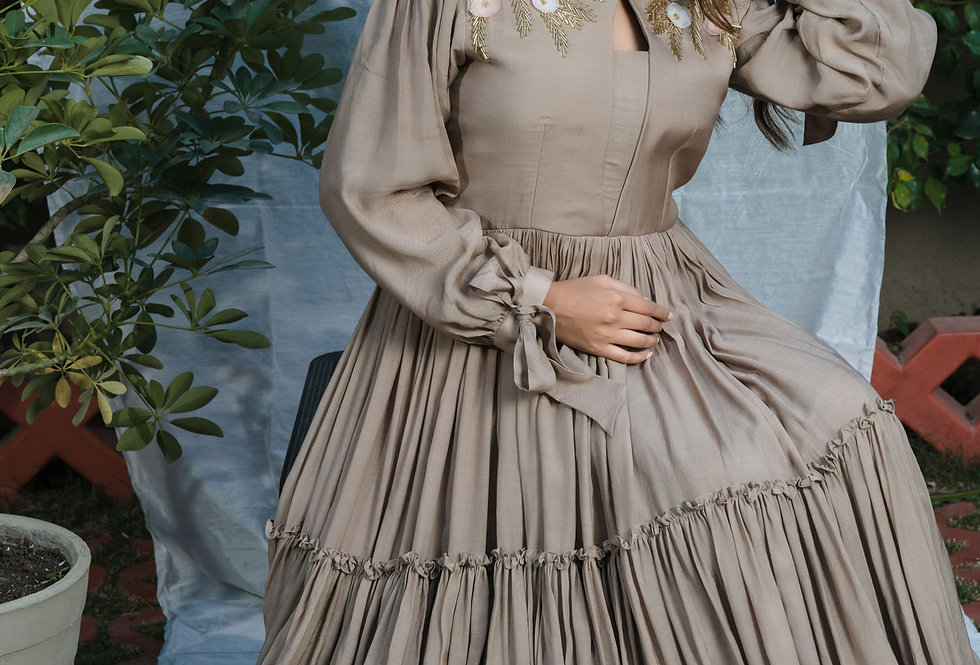 FRILL-LAYERED TAUPE GOWN