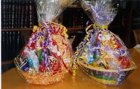 Purim baskets pic
