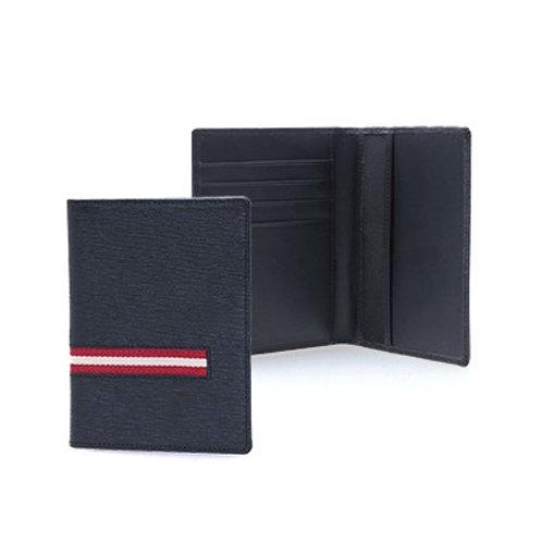 Veskim Leather Passport Holder