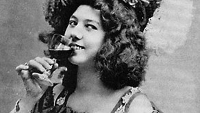 Alice Ivers never sat down to play poker without holding at least one gun