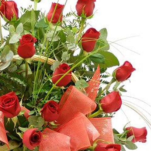 Cesta De 24 Rosas Rojas