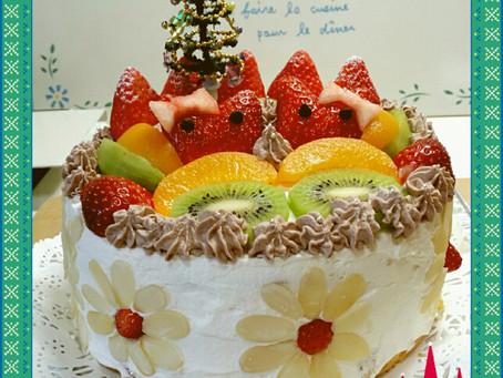 苺がキティちゃんのケーキ♪
