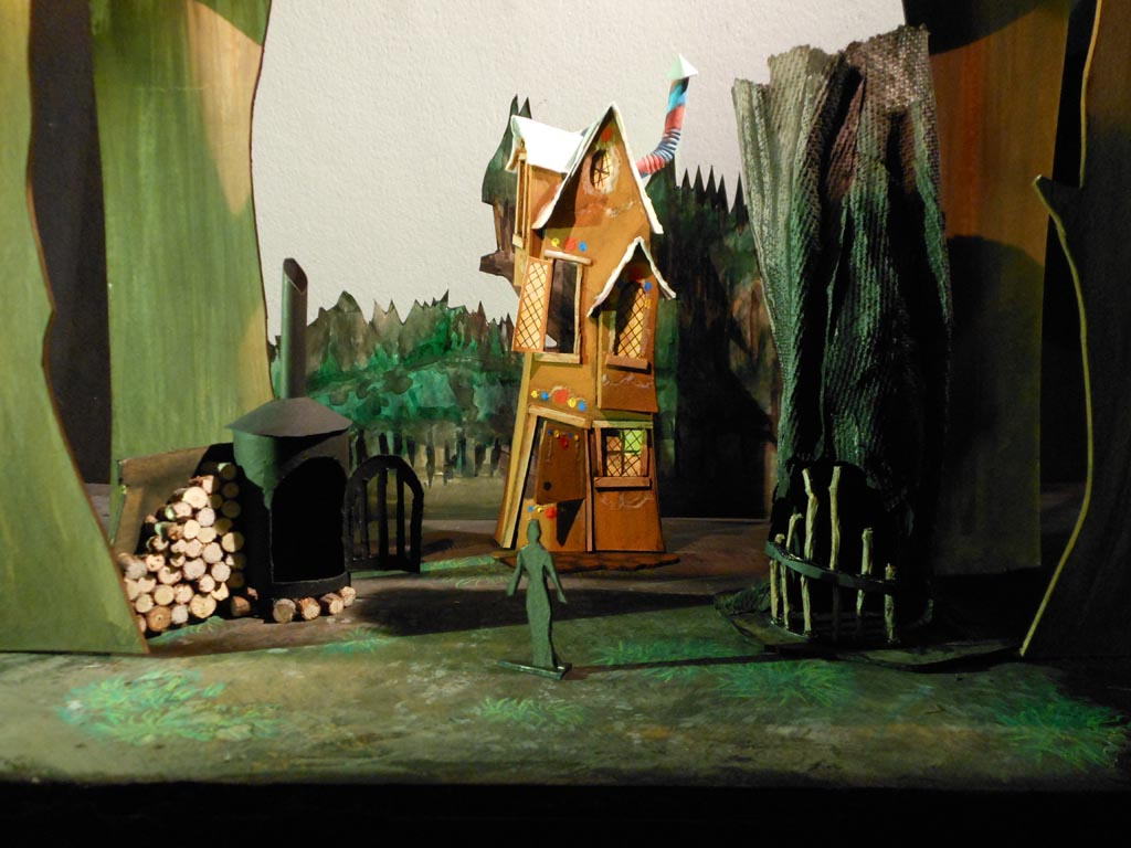 2014_studio_hanselundgretel_actIII_model