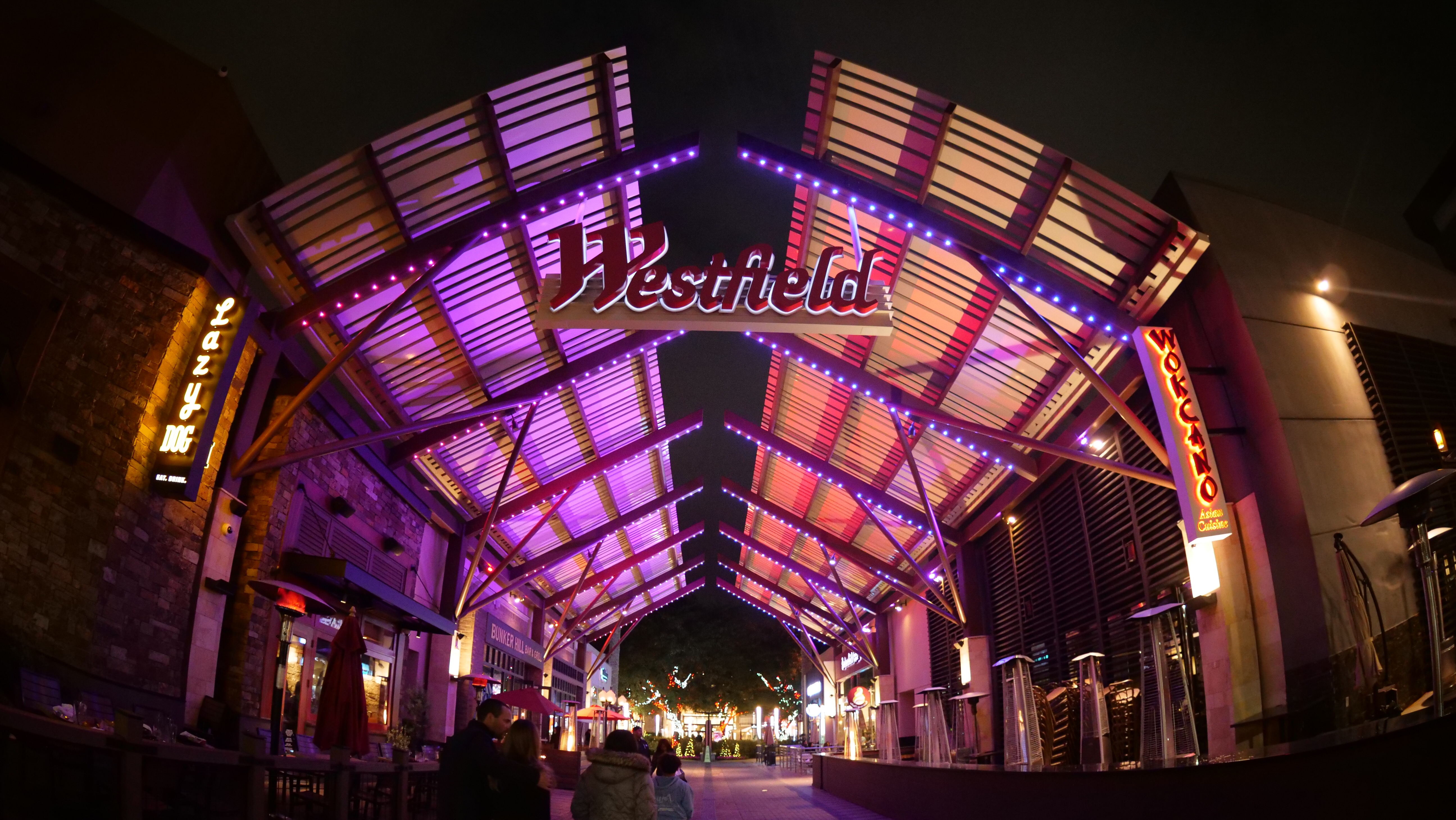 Westfield Valencia Architectural Lighting