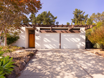 Atrium Model Eichler in the Oakland Hills Just Sold