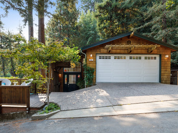 Contemporary San Anselmo Home - 25 Canyon Dr. For Sale $1,475,000