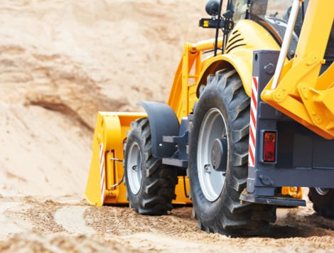 Operate Mine Service Vehicle (Skid Steer & Backhoe)
