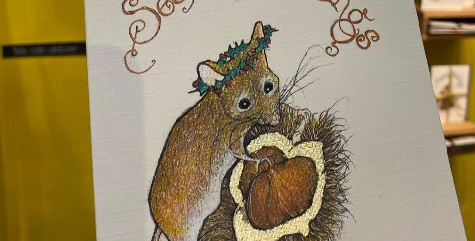 Mouse with Chestnut