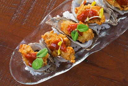 19-west-end-oysters-30-web.jpg