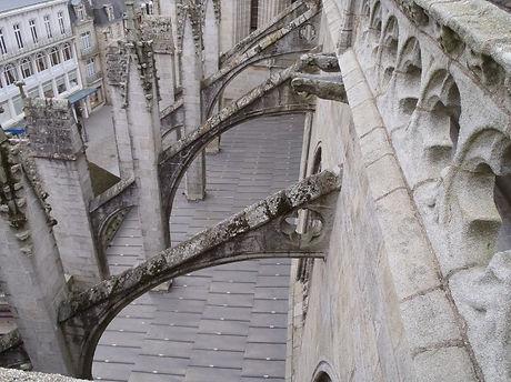 cathedrale_quimper_2.jpg