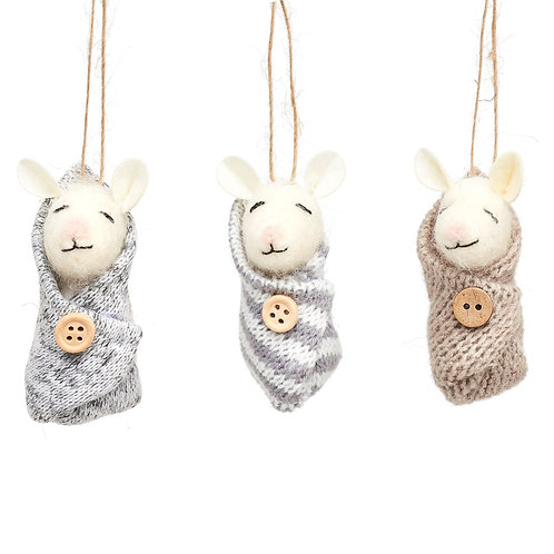 Sleeping Baby Mouse Hanging Felt Decoration (1 of 3)
