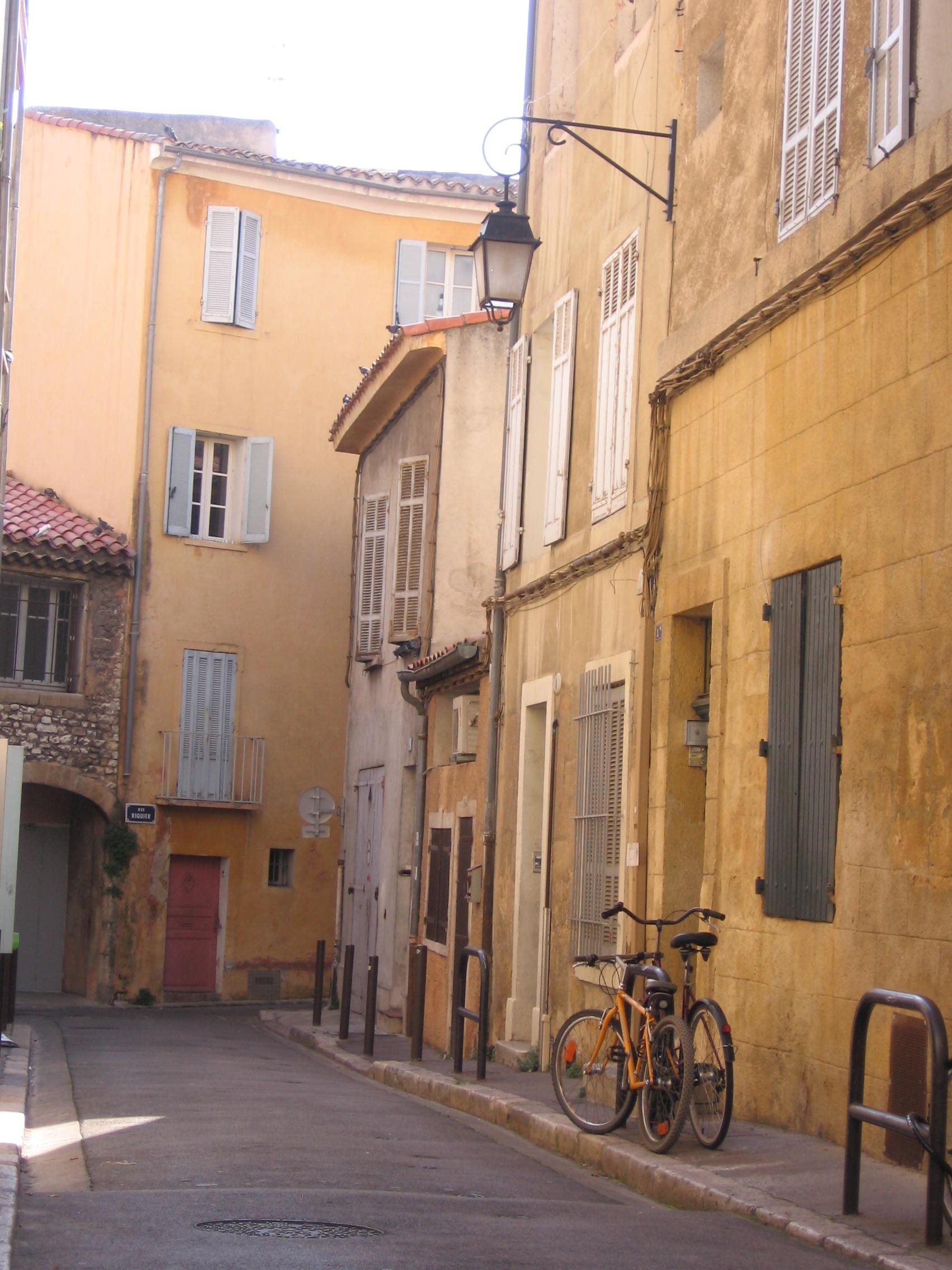 Paula Cullison - Aix-in-ProvenceFrancebicycleIMG_0768.JPG