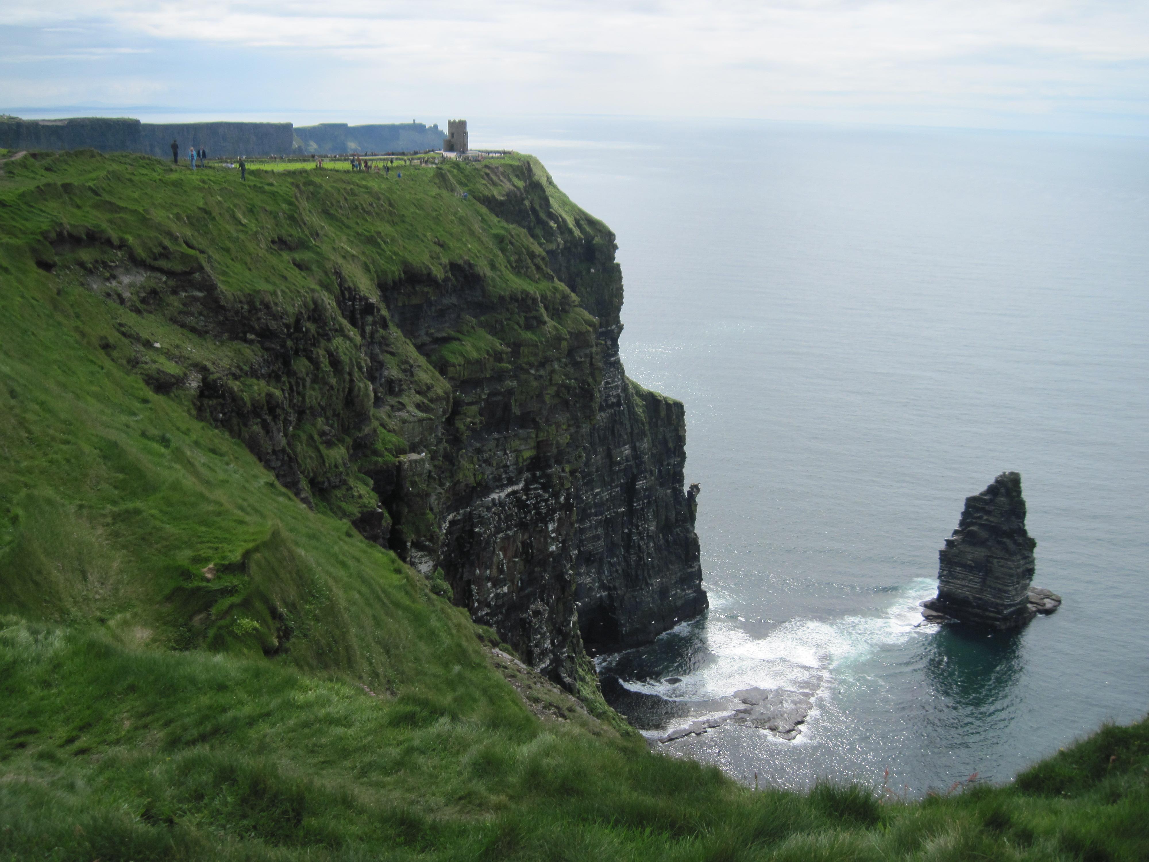 Ireland Cliffs of Moher 546.jpg