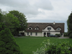 Ireland Thatched roof house near Galway471.jpg