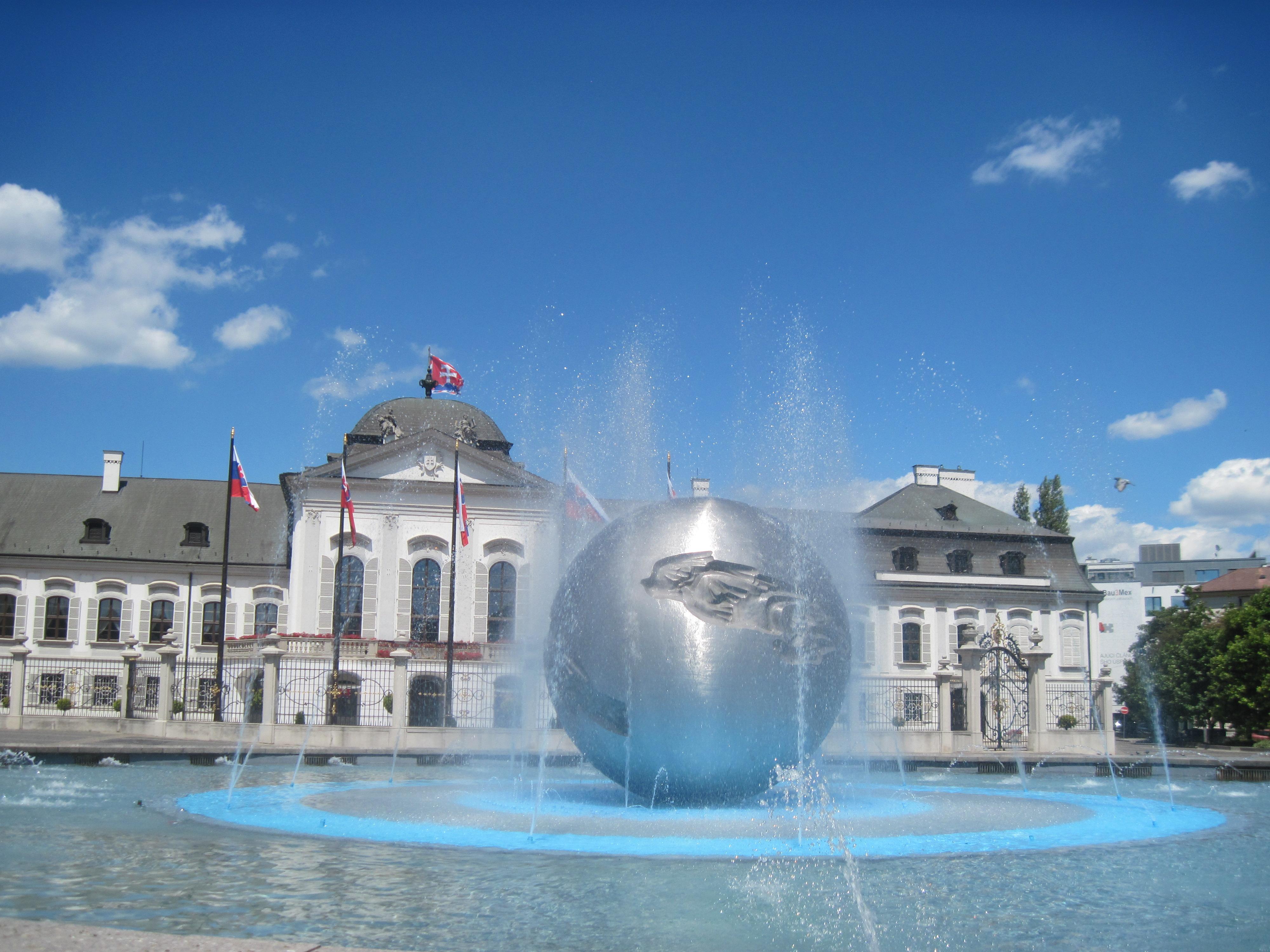 Bratislava Slovakia 004.jpg