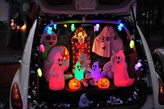 trunk-treat-car-decorations.jpg