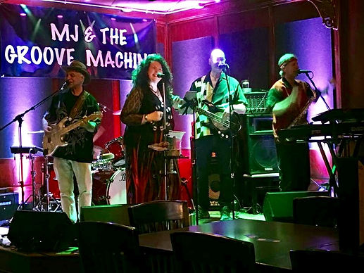 Live Music - MJ & THE GROOVE MACHINE
