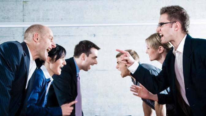 O que você nunca deve falar numa conversa difícil no trabalho