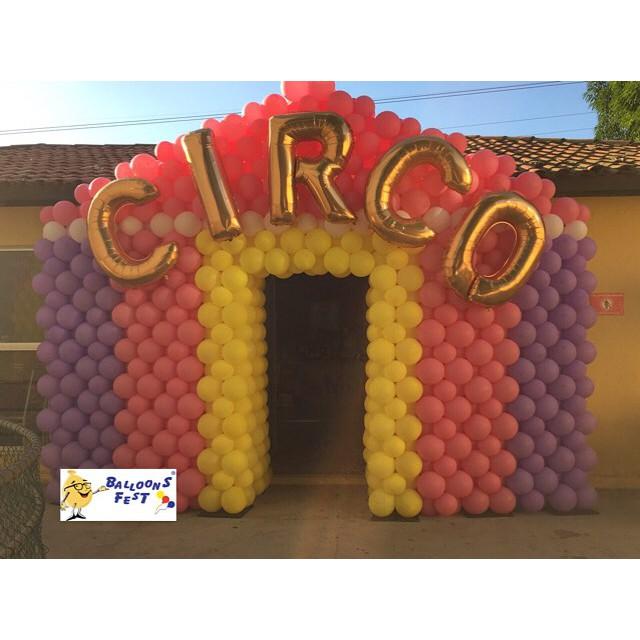 Circo em Candy colors para nossa parceira @andrezazevedosilva 😱💗😍 muita fofura!! #balloonsfestcir