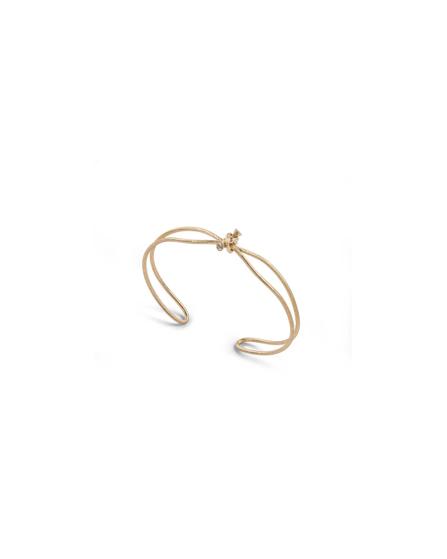 Gold simple knot bracelet