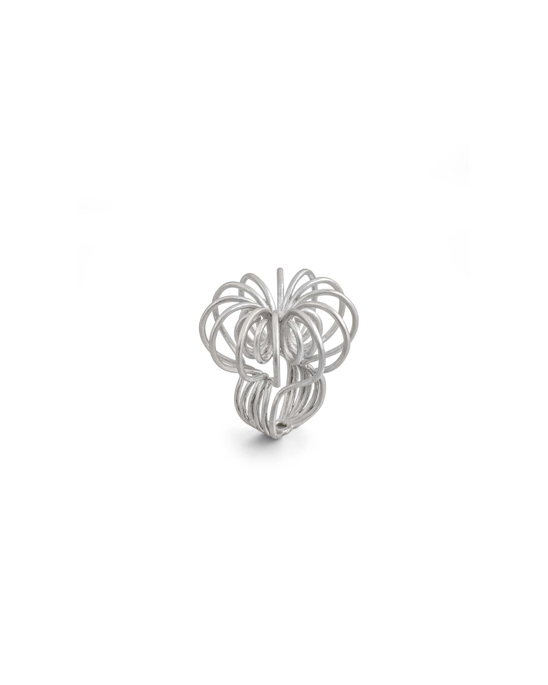 Silver sculpt ring