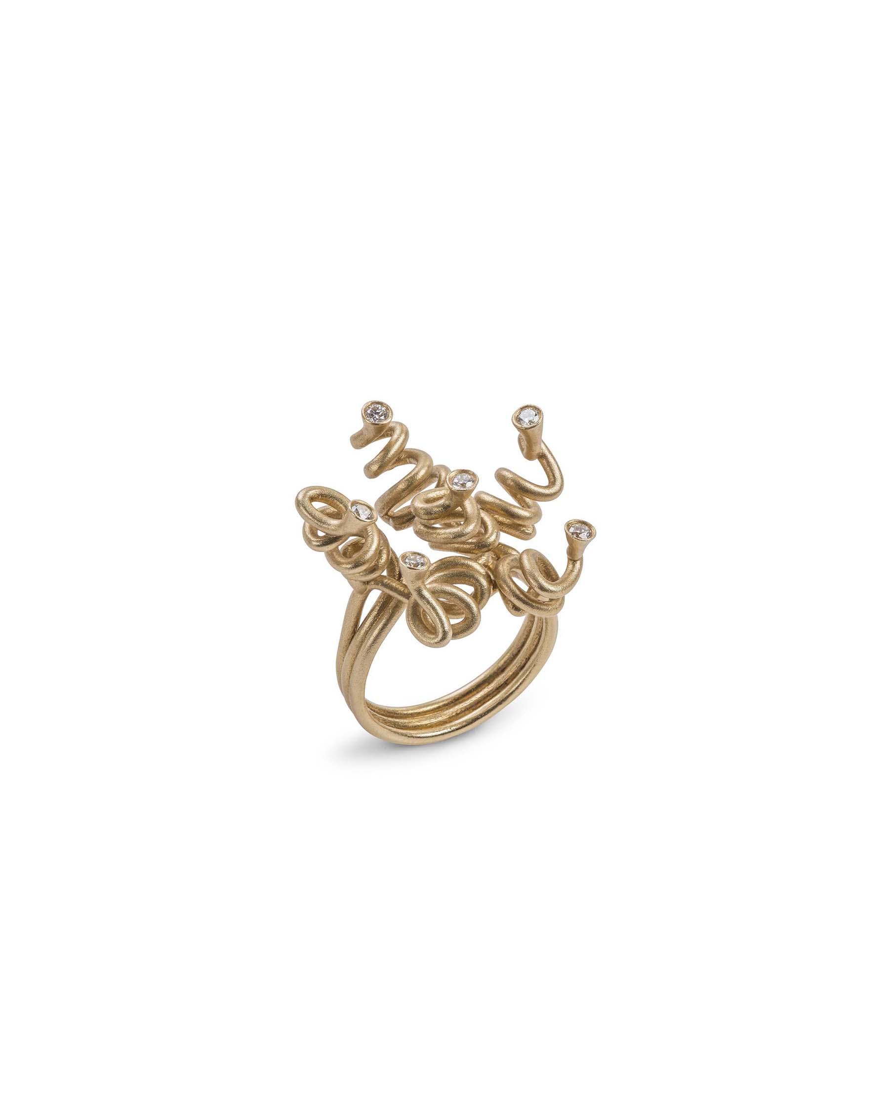 Gold ringlet knot ring