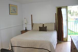 LPLF-room-11-bed.png