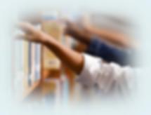 manos-cogiendo-libros.jpg