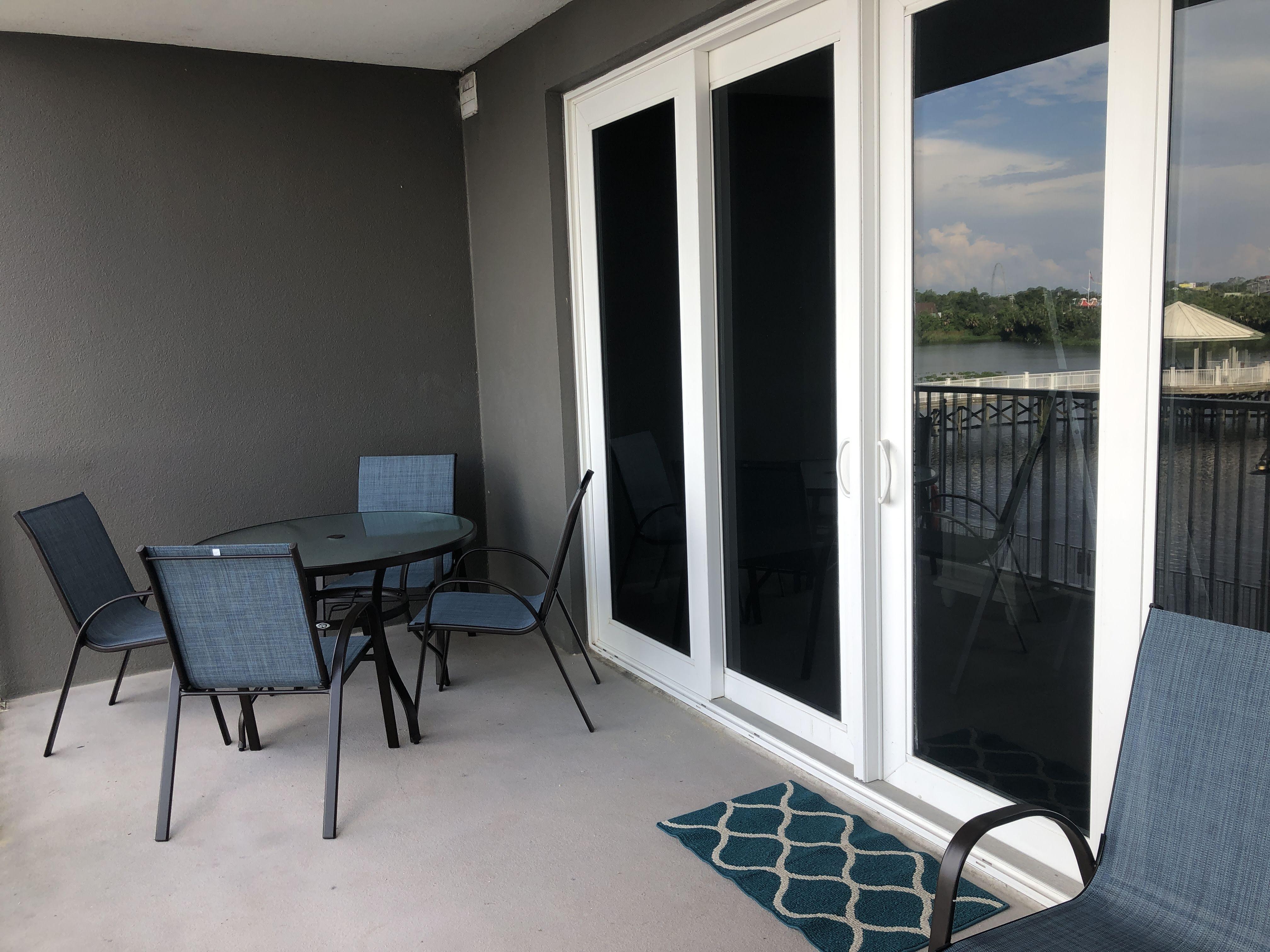 118 balcony