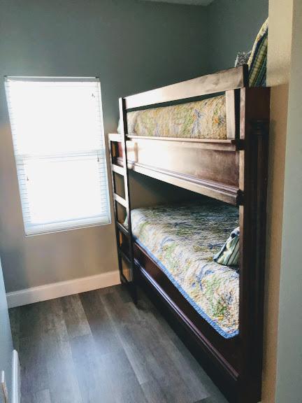1030 bunks