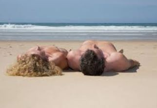 Naturisme, nudisme, voyeurisme, pudeur et libertinisme