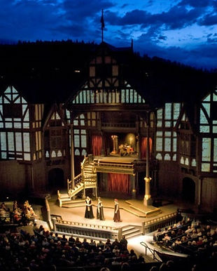 Elizabethan_Theatre_2014.jpg