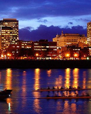 Portland The_Willamette Portland WikiCom