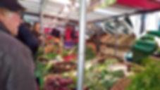 Marché_biologique_des_Batignolles__1_-_C