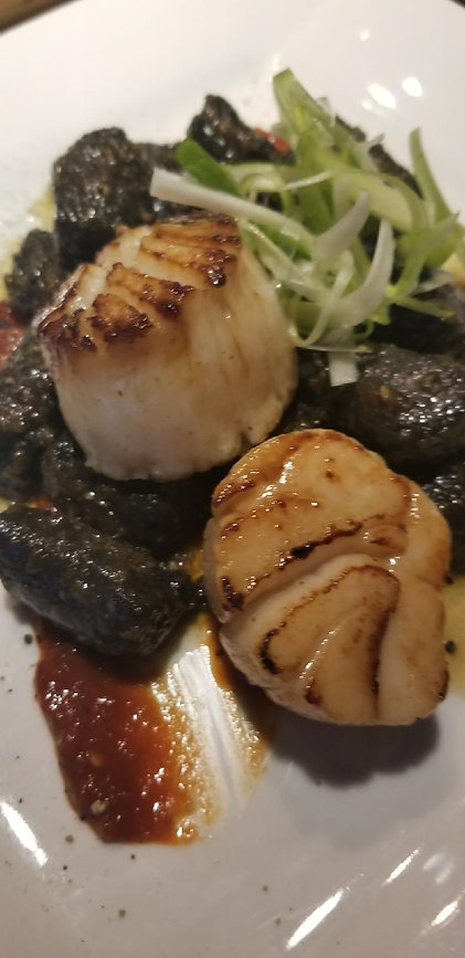 Seared scallop LG.jpeg