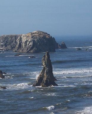 Bandon Oregon_sea stacks_LG photo.jpg
