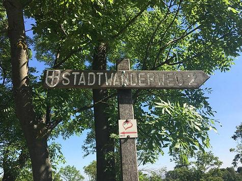 Wanderweg2 sign.jpg