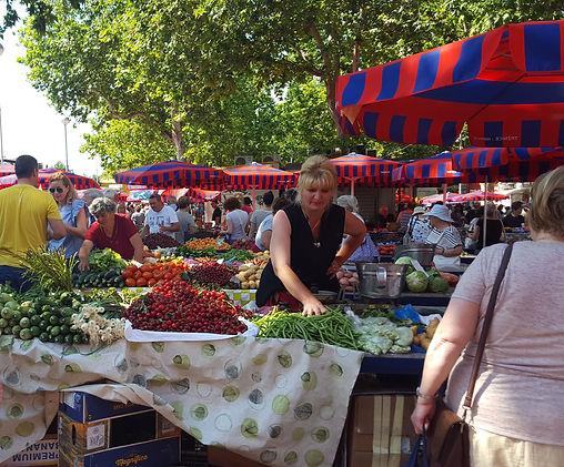 Split street market 2.jpg