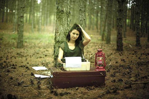 writing outside_Tackk.jpg