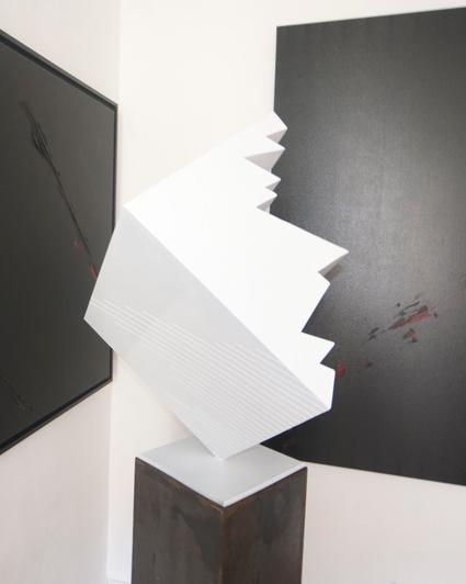 P FAVA  Cube blanc