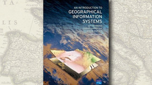 """An Introduction to Geographical Information Systems"", de Ian Heywood et al."