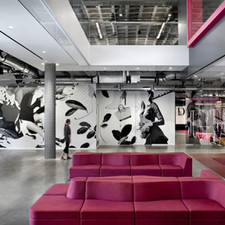sixinch-usa-landscape-furniture-in-just-fab-inc-lobbywork-lounge-1920x1920.jpeg