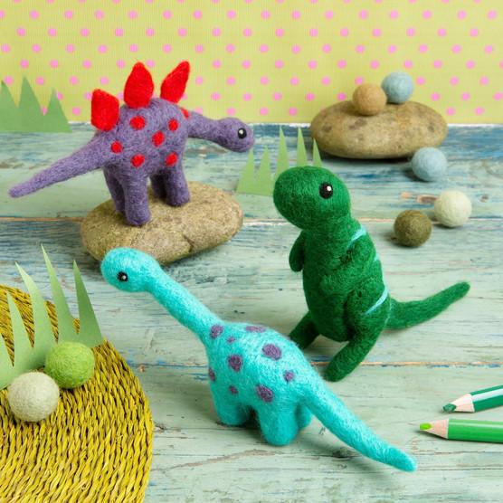 The Crafty Creative - Felt Dinosaurs