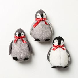 The Crafty Creative - Felt penguins