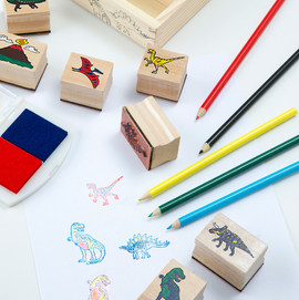 The Crafty Creative - Dinosaur Stamps